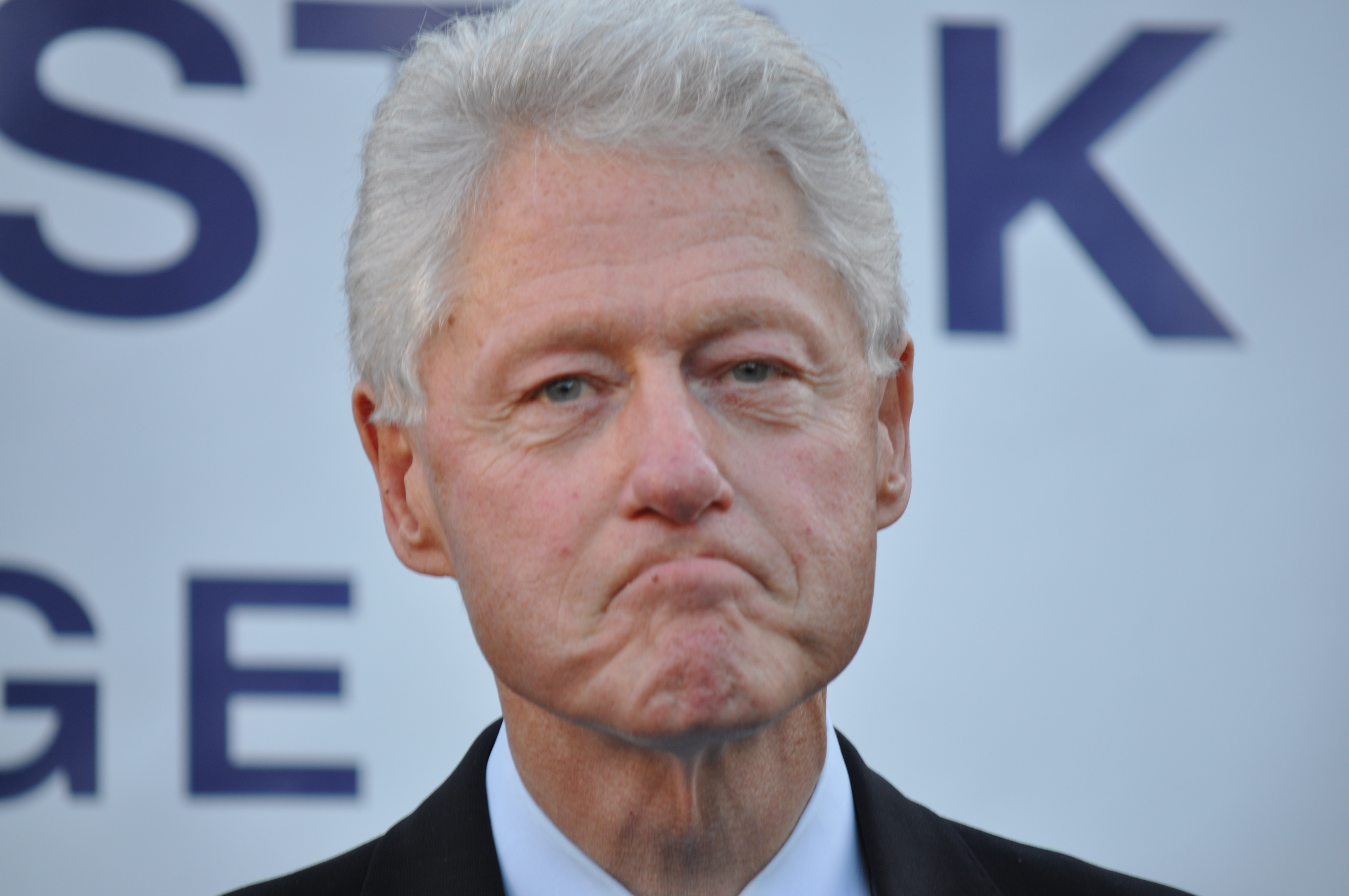 an overview of the clinton sex scandal A guide to the allegations of bill clinton's womanizing one woman was alleged to have been asked by clinton to give him oral sex in a car while he was the state attorney general (a claim she denied.